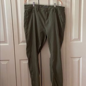 Plus Size Dark Green Color Pants